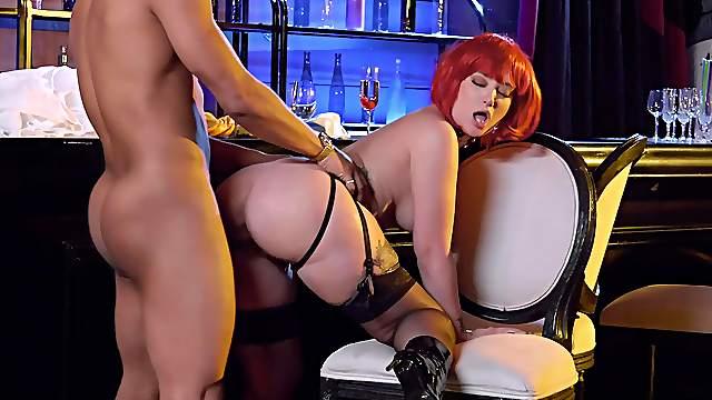 Needy redhead shows off in plain doggy scenes
