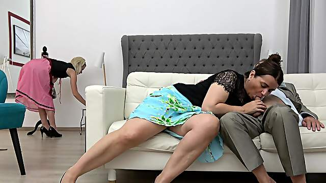 FFM threesome on the sofa with tattooed Iveta and Lucy Crow